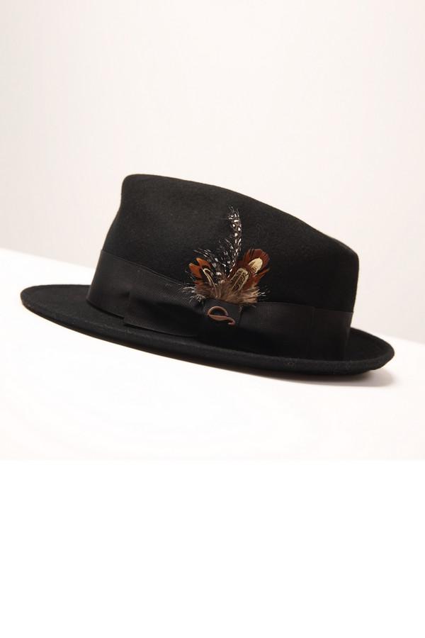 Шляпа GottmannШляпы<br><br><br>Размер RU: 61<br>Пол: Мужской<br>Возраст: Взрослый<br>Материал: шерсть 100%<br>Цвет: Чёрный