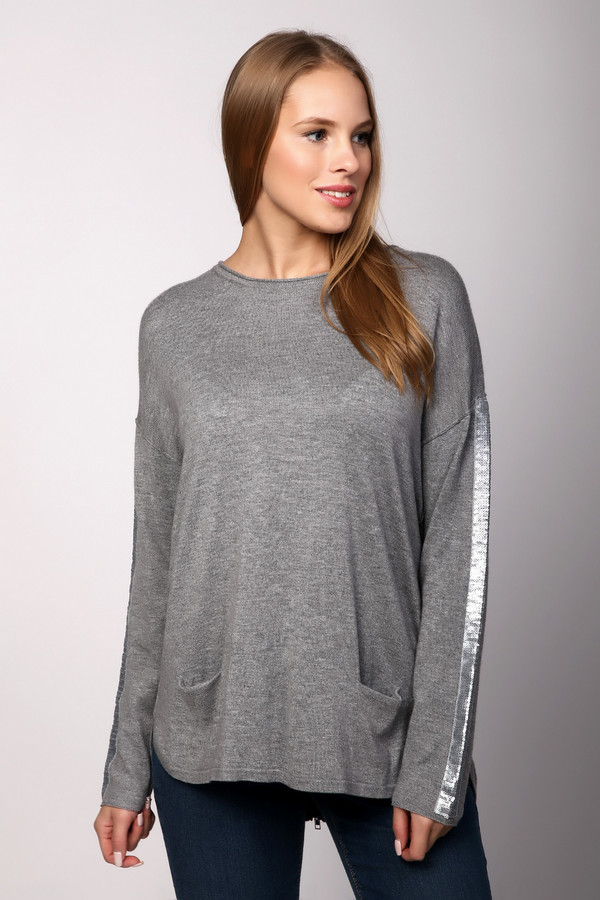Пуловер LecomteПуловеры<br><br><br>Размер RU: 46<br>Пол: Женский<br>Возраст: Взрослый<br>Материал: полиамид 45%, шерсть 10%, вискоза 42%, кашемир 3%<br>Цвет: Серый