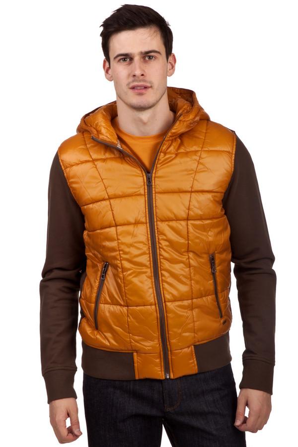 Толстовка Boss OrangeТолстовки<br>Коричневая толстовка бренда Boss Orange прямого кроя. Изделие дополнено: капюшоном, двумя боковыми карманами на молнии и длинными рукавами. Толстовка декорирован стеганными курточными элементами ярко оранжевого цвета. Манжеты и нижний кант оформлены трикотажной эластичной резинкой.<br><br>Размер RU: 50-52<br>Пол: Мужской<br>Возраст: Взрослый<br>Материал: хлопок 100%<br>Цвет: Разноцветный