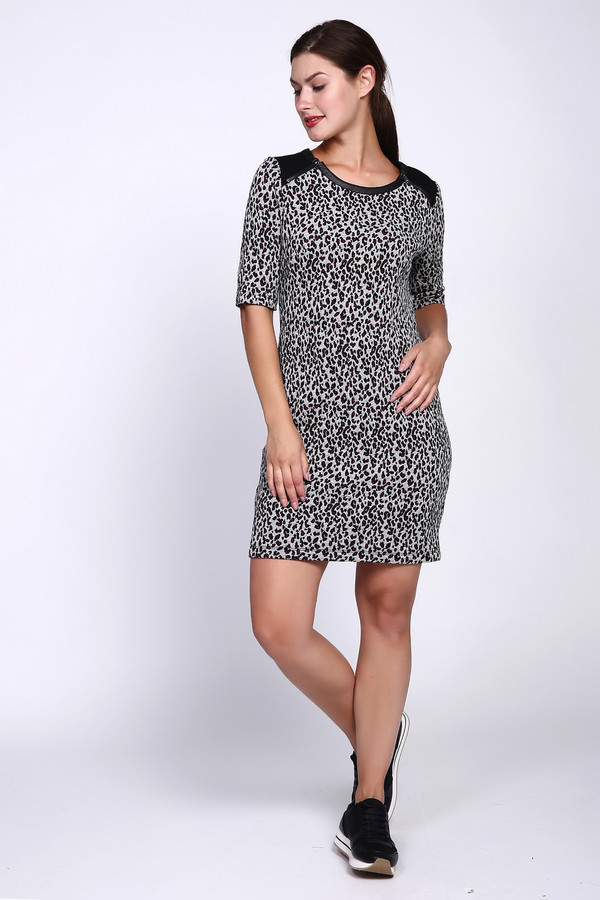 Платье TaifunПлатья<br><br><br>Размер RU: 50<br>Пол: Женский<br>Возраст: Взрослый<br>Материал: эластан 2%, хлопок 46%, полиэстер 52%<br>Цвет: Серый