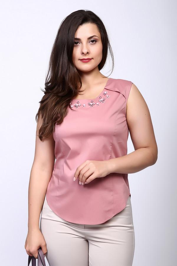 Топ Just ValeriТопы<br>Топ розового цвета фирмы Just Valeri. Ткань состоит из 68% хлопка, 28% нейлона и 4% спандекса. Модель выполнена прямым покроем. Блуза дополнена округлым воротом, без рукавов с широкими лямками, застежка молния на крючок. Подшита блуза полукругом. Такая модель прекрасное дополнение к вашему образу и может объединить весь наряд. Окружность ворота украшена цветными стразами. Гармонировать может с брюками.