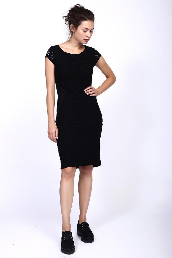 Платье MonariПлатья<br><br><br>Размер RU: 48<br>Пол: Женский<br>Возраст: Взрослый<br>Материал: полиамид 26%, вискоза 74%<br>Цвет: Чёрный