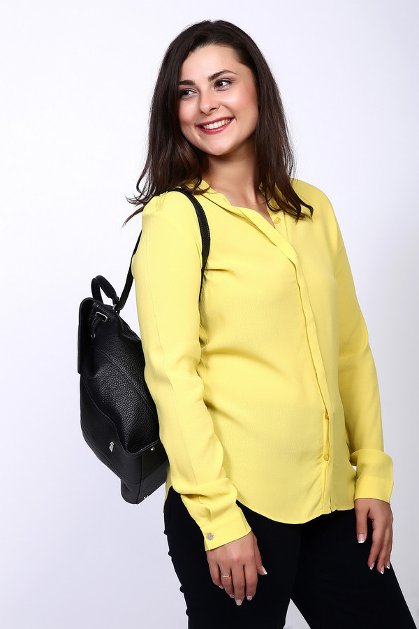 Блузa PezzoБлузы<br><br><br>Размер RU: 50<br>Пол: Женский<br>Возраст: Взрослый<br>Материал: вискоза 100%<br>Цвет: Жёлтый
