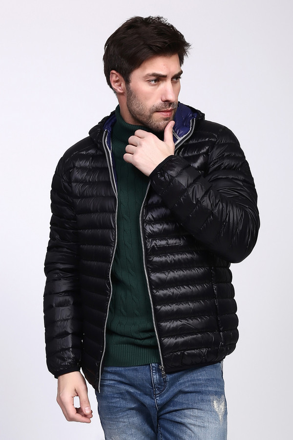 Куртка PezzoКуртки<br><br><br>Размер RU: 56<br>Пол: Мужской<br>Возраст: Взрослый<br>Материал: нейлон 100%, Состав_подкладка нейлон 100%, Состав_наполнитель пух 90%, Состав_наполнитель перо 10%<br>Цвет: Чёрный
