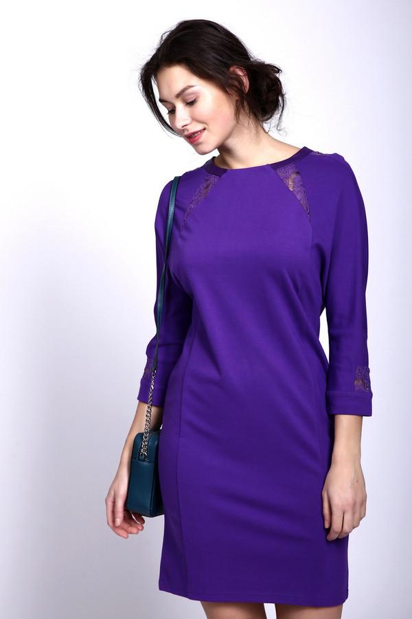 Платье PezzoПлатья<br><br><br>Размер RU: 50<br>Пол: Женский<br>Возраст: Взрослый<br>Материал: вискоза 68%, полиуретан 100%, нейлон 26%, спандекс 6%, Состав_отделка нейлон 100%<br>Цвет: Фиолетовый