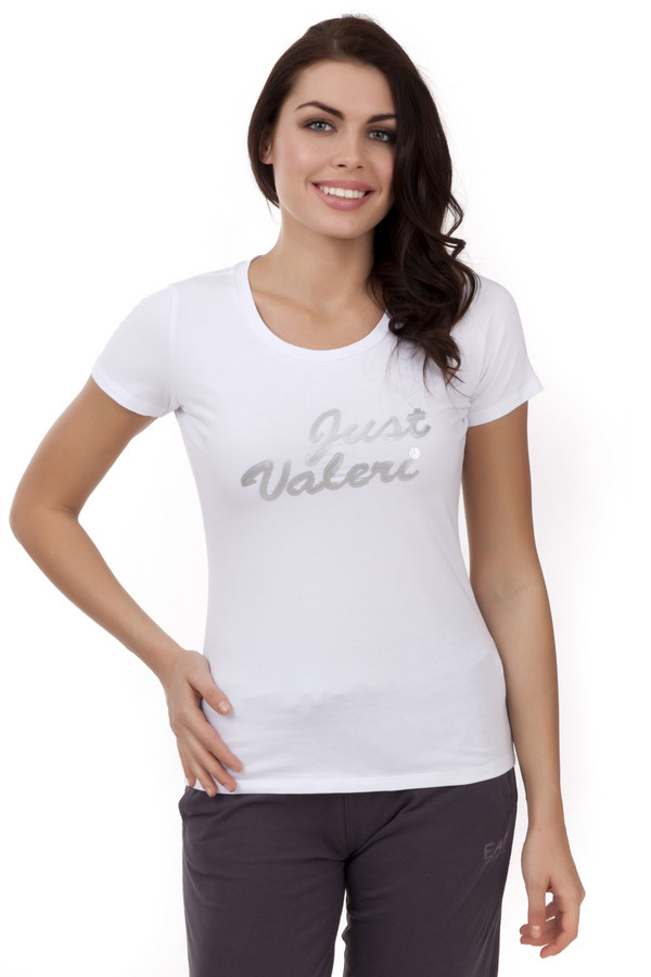 Футболка Just ValeriФутболки<br>Однотонная белая футболка Just Valeri прилегающего кроя с надписью из серебренных пайеток. Изделие дополнено: круглым вырезом, короткими рукавами.<br><br>Размер RU: 40<br>Пол: Женский<br>Возраст: Взрослый<br>Материал: хлопок 95%, эластан 5%<br>Цвет: Белый