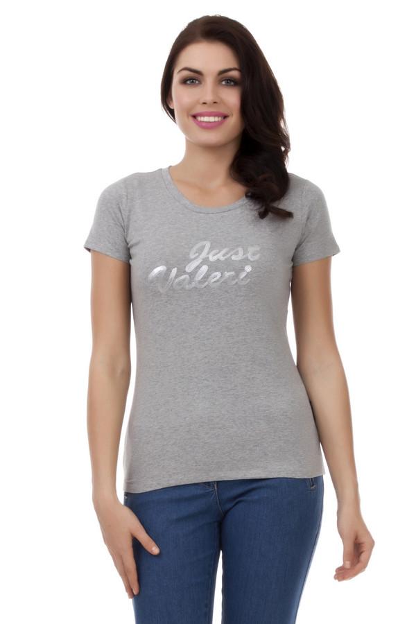 Футболка Just ValeriФутболки<br>Однотонная светло-серая футболка Just Valeri прилегающего кроя с надписью из серебренных пайеток. Изделие дополнено: круглым вырезом, короткими рукавами.<br><br>Размер RU: 44<br>Пол: Женский<br>Возраст: Взрослый<br>Материал: хлопок 95%, эластан 5%<br>Цвет: Серый