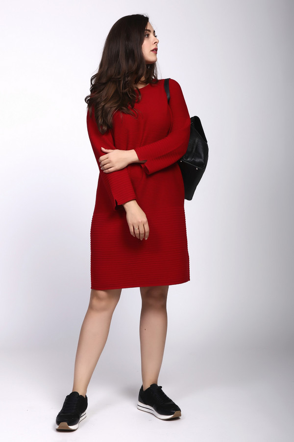 Платье OuiПлатья<br><br><br>Размер RU: 46<br>Пол: Женский<br>Возраст: Взрослый<br>Материал: вискоза 50%, хлопок 40%, шелк 10%<br>Цвет: Красный