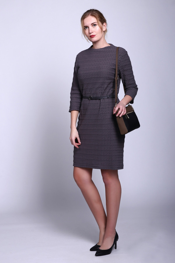 Платье Betty BarclayПлатья<br><br><br>Размер RU: 46<br>Пол: Женский<br>Возраст: Взрослый<br>Материал: эластан 9%, полиэстер 16%, хлопок 75%, Состав_подкладка полиэстер 100%<br>Цвет: Серый