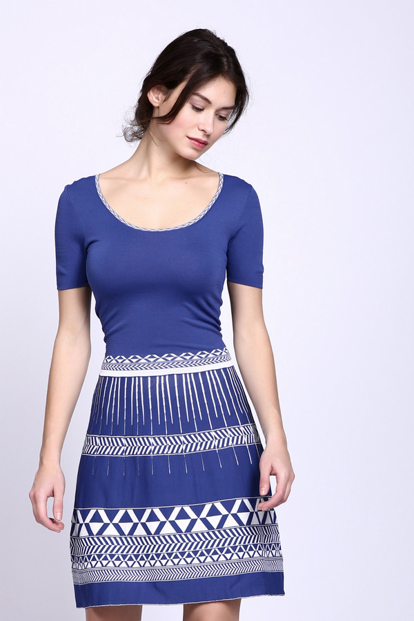 Платье Marc AurelПлатья<br><br><br>Размер RU: 42<br>Пол: Женский<br>Возраст: Взрослый<br>Материал: полиамид 20%, вискоза 80%<br>Цвет: Синий