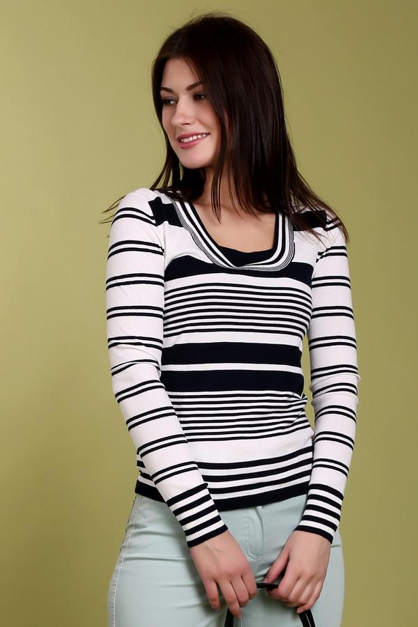 Пуловер PezzoПуловеры<br>Стильный женский пуловер от бренда Pezzo в черную и белую полоску. Изделие выполнено из вискозы с добавлением нейлона. Оно дополнено квадратным вырезом и длинным рукавом.<br><br>Размер RU: 50<br>Пол: Женский<br>Возраст: Взрослый<br>Материал: вискоза 65%, нейлон 35%<br>Цвет: Разноцветный