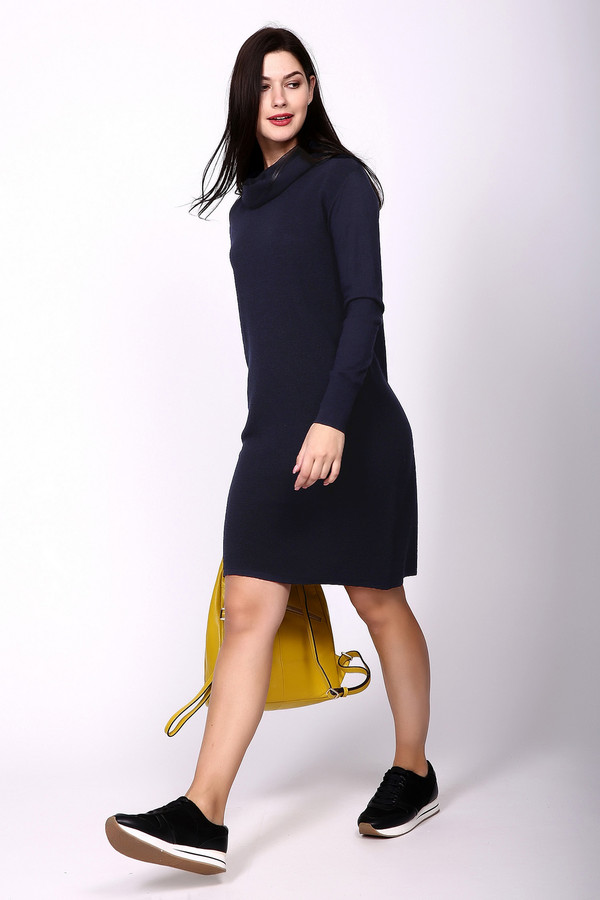 Платье Betty BarclayПлатья<br><br><br>Размер RU: 50<br>Пол: Женский<br>Возраст: Взрослый<br>Материал: вискоза 60%, хлопок 40%<br>Цвет: Синий