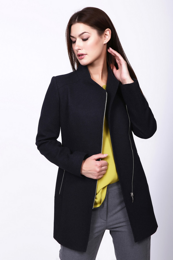 Пальто AVALONПальто<br><br><br>Размер RU: 48<br>Пол: Женский<br>Возраст: Взрослый<br>Материал: вискоза 10%, шерсть 75%, полиэстер 15%<br>Цвет: Серый