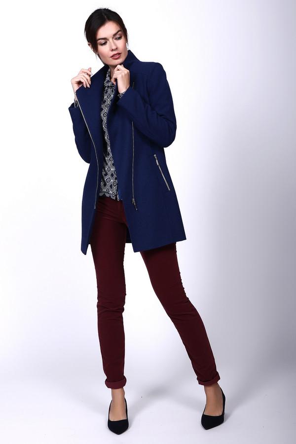 Пальто AVALONПальто<br><br><br>Размер RU: 44<br>Пол: Женский<br>Возраст: Взрослый<br>Материал: вискоза 10%, шерсть 75%, полиэстер 15%<br>Цвет: Синий