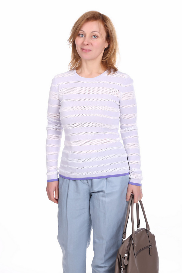Пуловер PezzoПуловеры<br>Стильный женский пуловер от бренда Pezzo. Данное изделие изготовлено из материала, который на 63% состоит из вискозы и на 37% из нейлона. У этого пуловера длинный рукав и круглый вырез. Расцветка - бело-голубая полоска, дополненная синей полоской снизу и на рукавах.<br><br>Размер RU: 48<br>Пол: Женский<br>Возраст: Взрослый<br>Материал: вискоза 63%, нейлон 37%<br>Цвет: Сиреневый