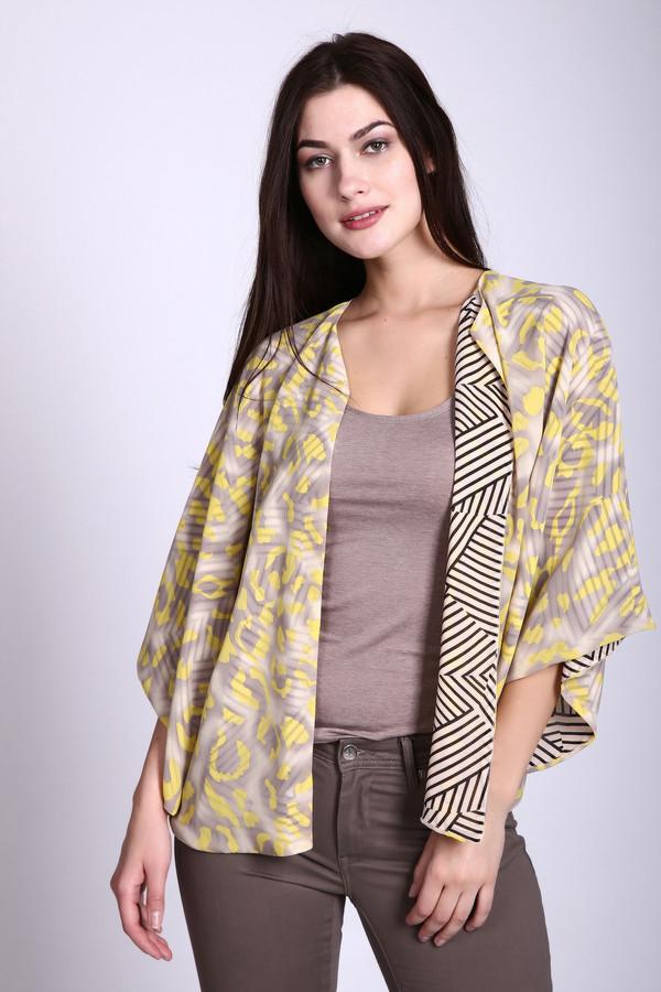 Жакет Via AppiaЖакеты<br>Блуза фирмы Via Appia желтого цвета. Ткань состоит из 100 % полиэстера. Модель выполнена покроем -  летучая мышь  с запахом. Рукава 3\4 длинны. Блуза дополнена подкладкой с полосатым принтом. Изделие очень стильно и удобно, в сочетании с облегающими брюками поможет разнообразить ваш образ.