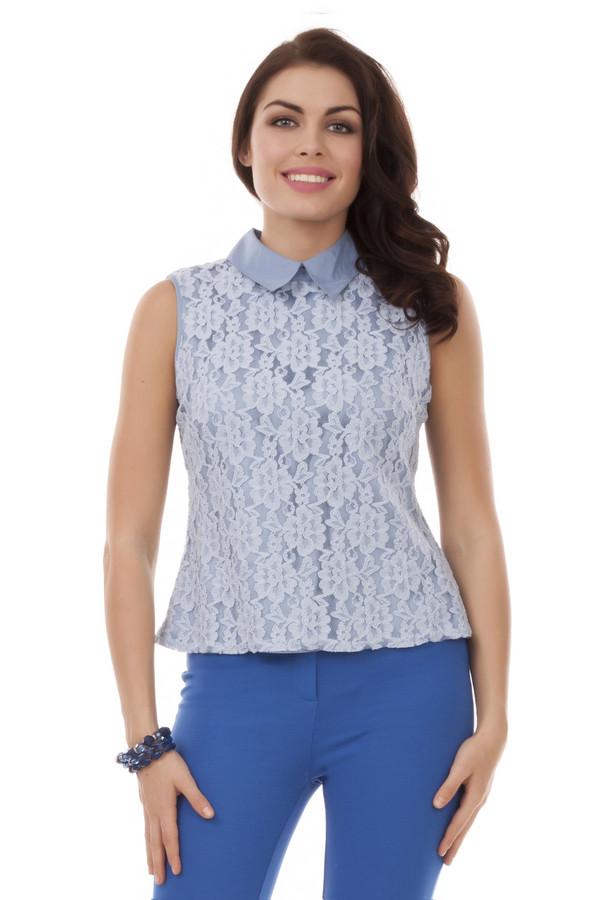 Блузa PezzoБлузы<br>Кружевная голубая блуза Pezzo приталенного кроя. Изделие дополнено: отложным воротником и застежкой пуговица-петля на спинке.<br><br>Размер RU: 48<br>Пол: Женский<br>Возраст: Взрослый<br>Материал: хлопок 70%, нейлон 30%<br>Цвет: Голубой