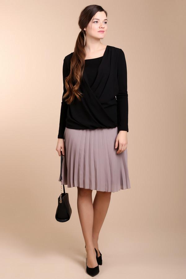Юбка PezzoЮбки<br>Очень стильная и модная юбка от бренда Pezzo бежевого цвета со складками, слегка прикрывающая колени. Изделие дополнено сбоку скрытой застежкой-молния. Юбка двухслойная и верхний слой прозрачный, что придает ей некой легкости и романтичности.<br><br>Размер RU: 48<br>Пол: Женский<br>Возраст: Взрослый<br>Материал: полиэстер 100%<br>Цвет: Бежевый