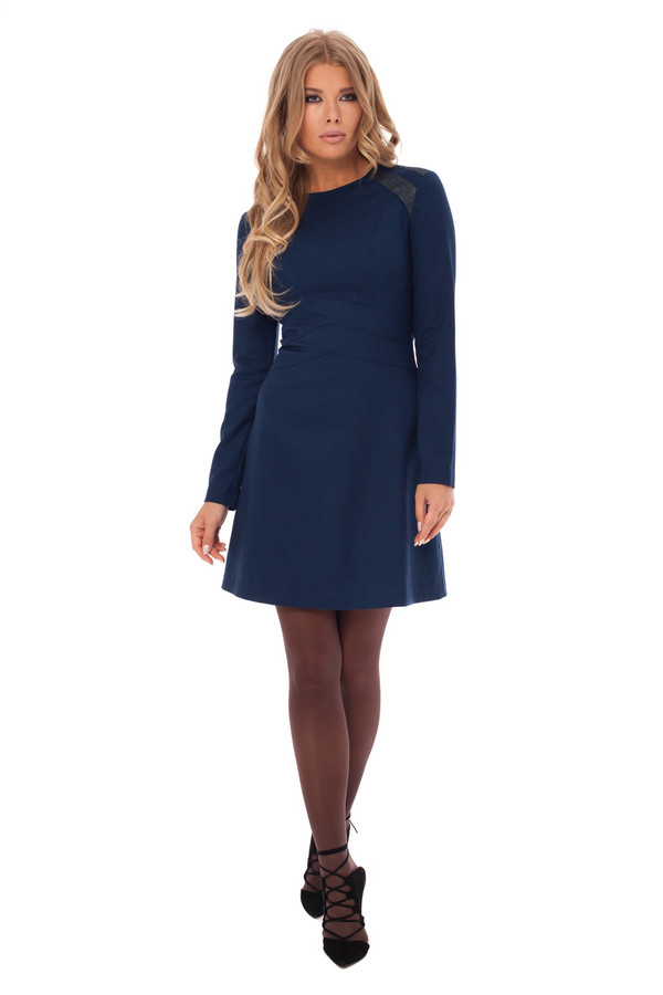 Платье GlossПлатья<br><br><br>Размер RU: 42<br>Пол: Женский<br>Возраст: Взрослый<br>Материал: эластан 5%, полиэстер 43%, вискоза 52%<br>Цвет: Синий