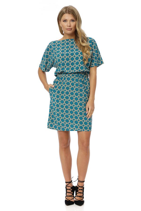 Платье GlossПлатья<br><br><br>Размер RU: 48<br>Пол: Женский<br>Возраст: Взрослый<br>Материал: вискоза 100%<br>Цвет: Зелёный