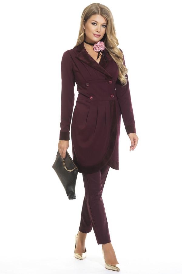 Платье GlossПлатья<br><br><br>Размер RU: 44<br>Пол: Женский<br>Возраст: Взрослый<br>Материал: эластан 5%, полиэстер 43%, вискоза 52%<br>Цвет: Бордовый