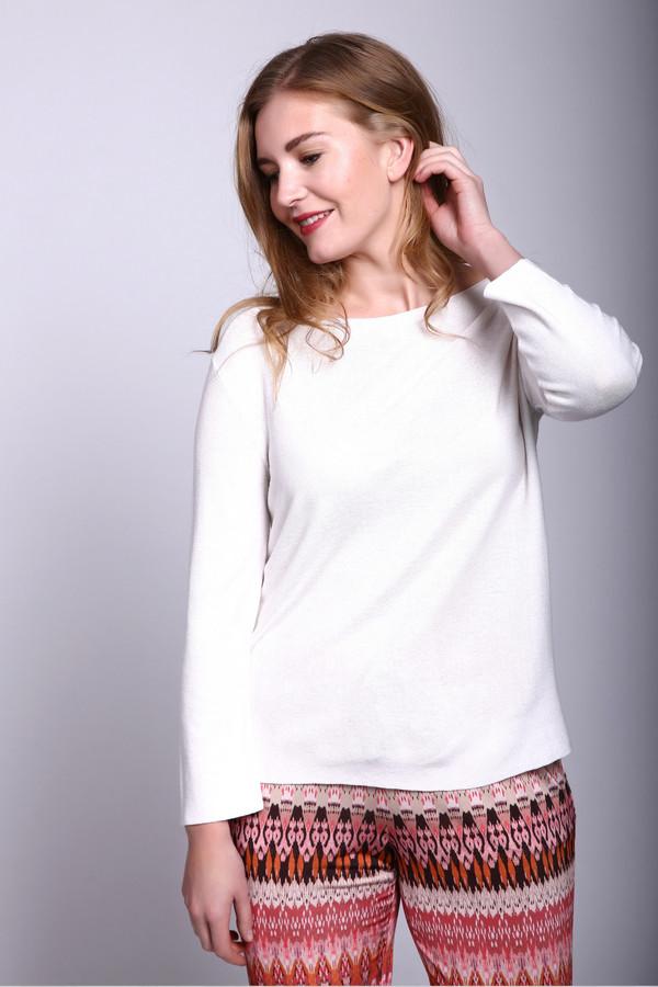 Пуловер ApanageПуловеры<br><br><br>Размер RU: 50<br>Пол: Женский<br>Возраст: Взрослый<br>Материал: вискоза 88%, полиэстер 12%<br>Цвет: Белый
