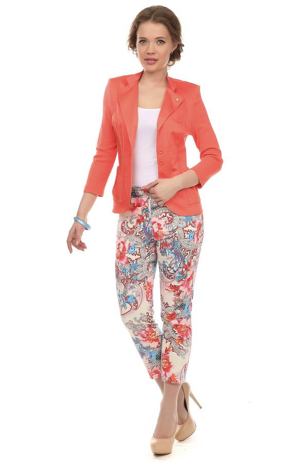 Капри PezzoКапри<br>Яркие бриджи для женщин от бренда Pezzo. Данные бриджи представлены в бежевом цвете, с орнаментами в голубых, розовых и оранжевых тонах. Изделие выполнено из материала, который состоит на 97% из хлопка и на 3% из эластана, благодаря чему имеет стрейчевые свойства. Изделие дополнено боковыми и задними карманами. На поясе расположены шлевки для ремня. Центральная часть застегивается на молнию и фиксируется на пуговицу.<br><br>Размер RU: 44<br>Пол: Женский<br>Возраст: Взрослый<br>Материал: эластан 3%, хлопок 97%<br>Цвет: Разноцветный