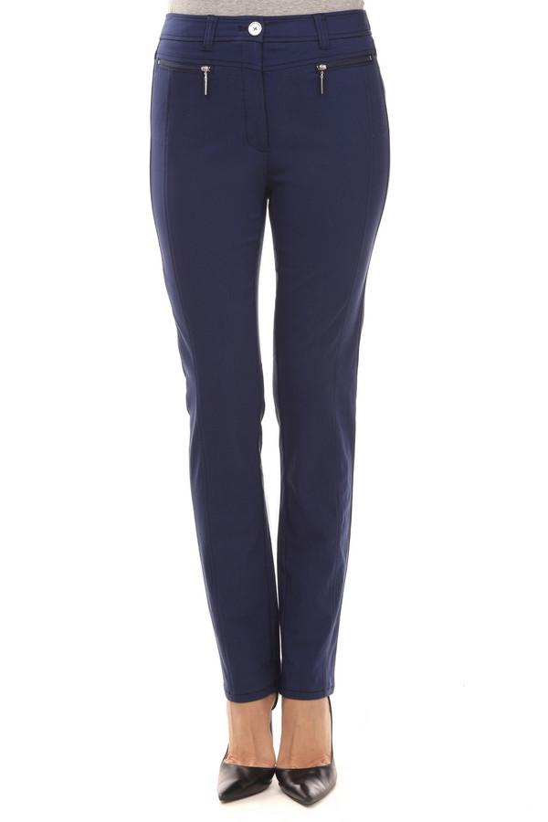 Брюки PezzoБрюки<br>Элегантные женские брюки-дудочки от бренда Pezzo темно-синего цвета. Это брюки со средней посадкой, длиной до щиколотки. Изделие дополнено: шлевками для ремня, двумя прорезными карманами сзади и застежкой-молния с пуговицей. Брюки декорированы карманами с молниями в передней части. Идеально будут сочетаться с топами, футболками и блузами. Они могут стать прекрасной альтернативой классическим черным брюкам.<br><br>Размер RU: 44<br>Пол: Женский<br>Возраст: Взрослый<br>Материал: нейлон 33%, хлопок 64%, спандекс 3%<br>Цвет: Синий