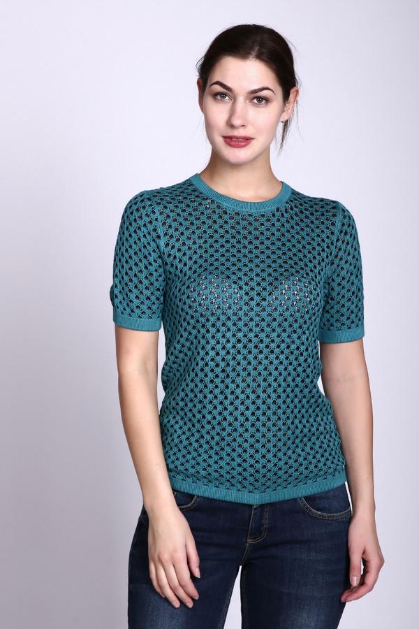 Пуловер PezzoПуловеры<br>Пуловер зеленого цвета фирмы Pezzo. Ткань состоит из 100% вискозы. Модель прямого покроя. Пуловер дополнен круглым воротом, коротким, втачным рукавом. Длинна изделия средняя. Все детали обшиты бейкой. Пуловер выполнен ажурной вязкой. Гармонировать может с различными деталями вашего гардероба.