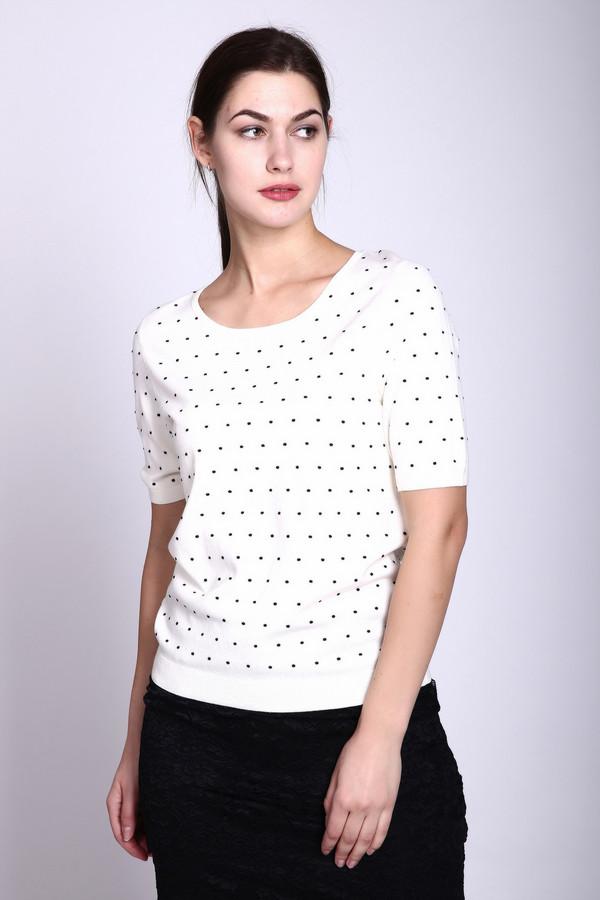 Пуловер PezzoПуловеры<br>Пуловер белого цвета фирмы Pezzo. Ткань состоит из 80% вискозы и 20% нейлона. Модель выполнена прямым покроем. Пуловер дополнен округлым воротом, коротким рукавом, длинна средняя. Пуловер такого цвета дополнит ваш гардероб и выделит вас из общей массы коллектива. Белый цвет дополнит ваш образ и поможет найти свой стиль.
