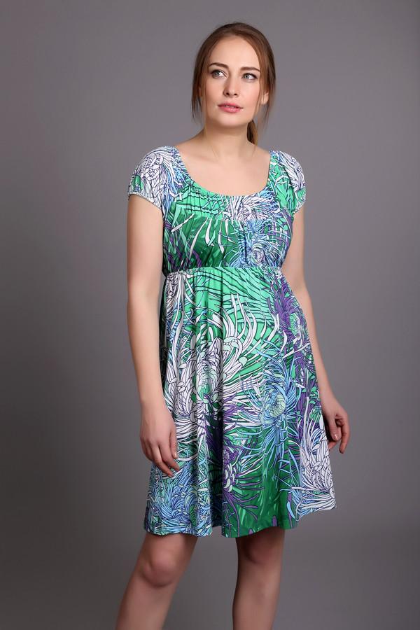 Короткое платье PezzoКороткие платья<br>Стильное женское платье от бренда Pezzo. Это летнее платье с тропическим принтом в светло-зеленых, сиреневых и голубых тонах. Платье длиной до середины бедра, дополнено U-образным вырезом и коротким рукавом. Материал - полиэстер с добавлением спандекса.<br><br>Размер RU: 50<br>Пол: Женский<br>Возраст: Взрослый<br>Материал: полиэстер 95%, спандекс 5%<br>Цвет: Разноцветный