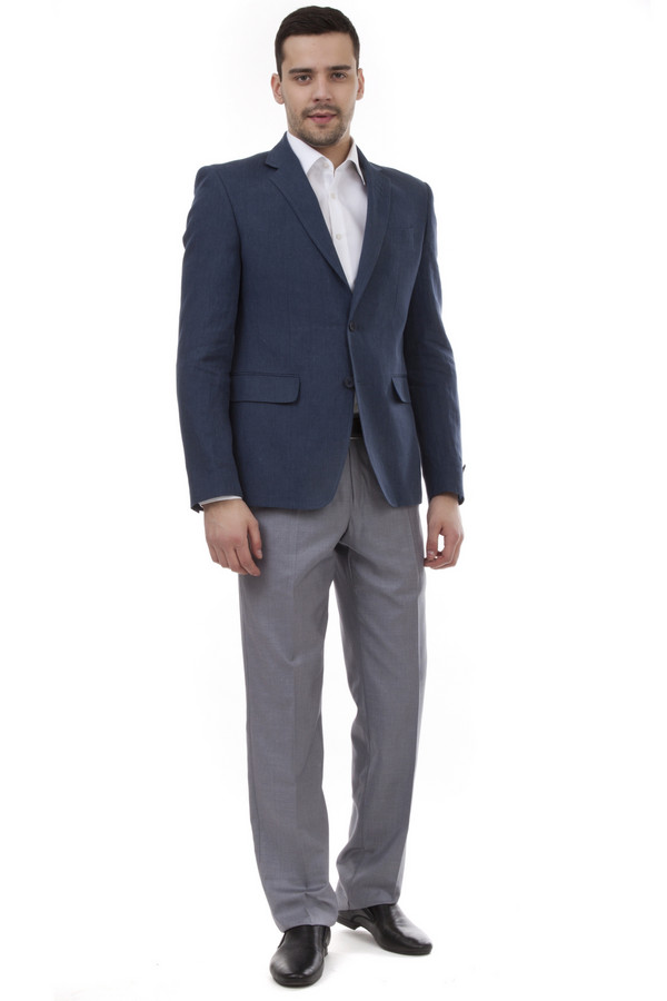 Классические брюки PezzoКлассические брюки<br>Мужские брюки от бренда Pezzo серого цвета. Покрой этих брюк классический со средней посадкой. Изделие дополнено: поясом с шлевками для ремня, двумя боковыми карманами, двумя прорезными карманами с пуговицами и классическими стрелками. Центральная застежка-молния с крючком-петля и пуговицей. Это отличная альтернатива костюмным черным брюкам. Они идеально сочетаются с различными рубашками.<br><br>Размер RU: 48<br>Пол: Мужской<br>Возраст: Взрослый<br>Материал: вискоза 20%, полиэстер 80%<br>Цвет: Серый