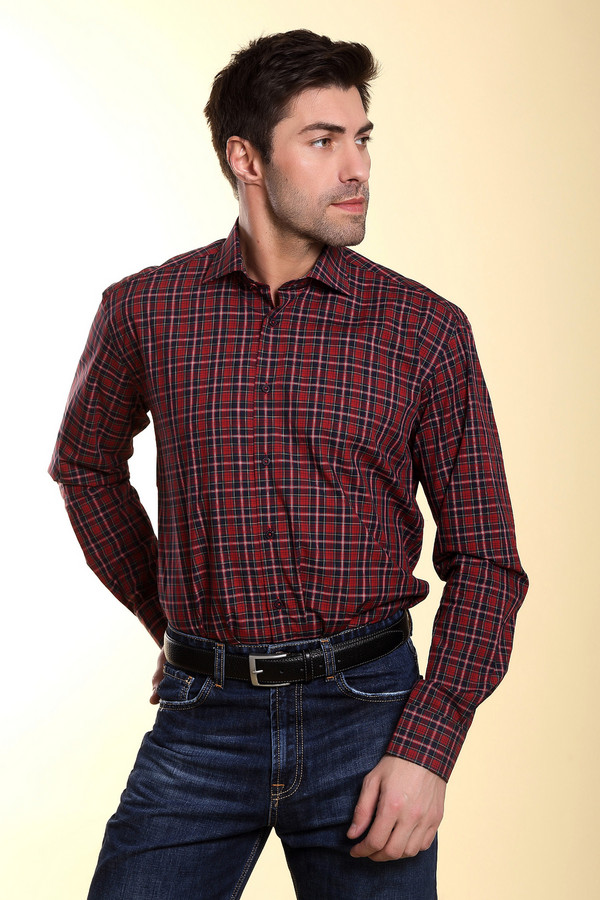 Рубашка Flavio NavaРубашки и сорочки<br>Красная клетчатая рубашка от бренда Flavio Nava прямого кроя. Изделие дополнено: отложным воротником, втачными рукавами, округлым низом, манжетами и планкой на пуговицах.<br><br>Размер RU: 41<br>Пол: Мужской<br>Возраст: Взрослый<br>Материал: хлопок 100%<br>Цвет: Красный
