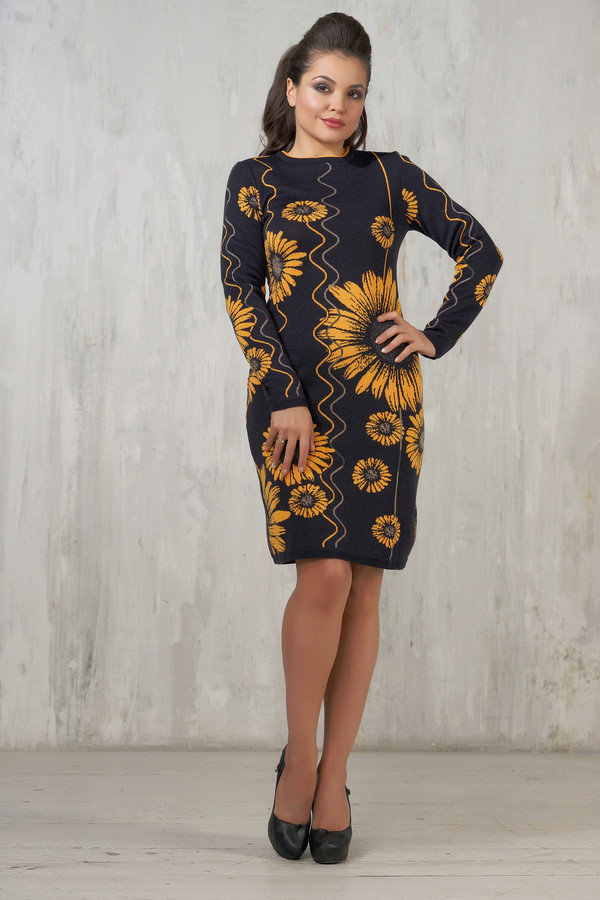 Платье VAYПлатья<br><br><br>Размер RU: 50<br>Пол: Женский<br>Возраст: Взрослый<br>Материал: шерсть 50%, пан 50%<br>Цвет: Разноцветный