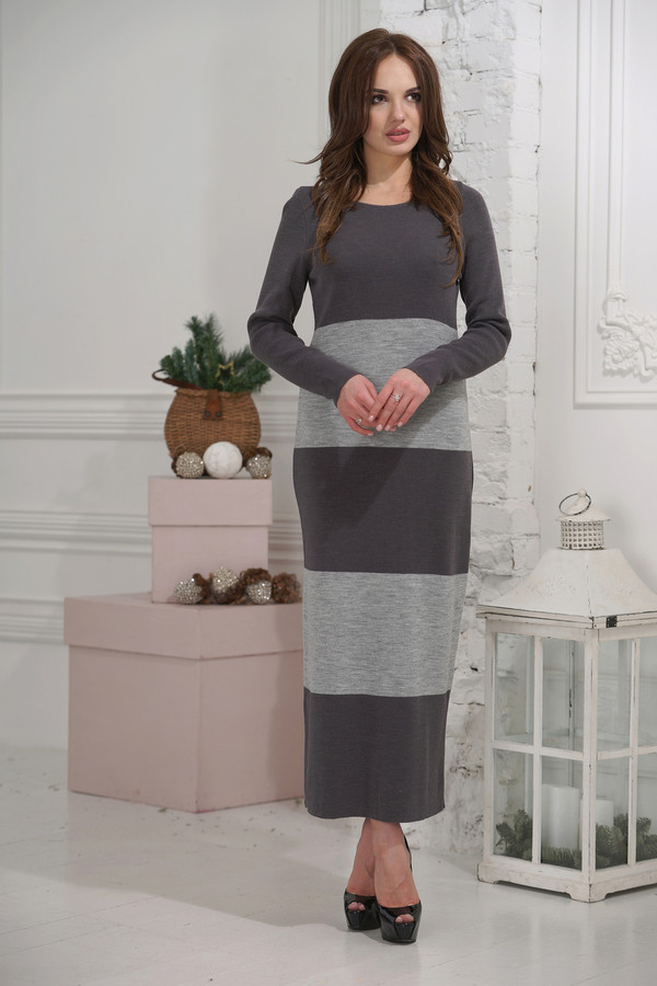 Платье VAYПлатья<br><br><br>Размер RU: 46<br>Пол: Женский<br>Возраст: Взрослый<br>Материал: шерсть 50%, пан 50%<br>Цвет: Серый