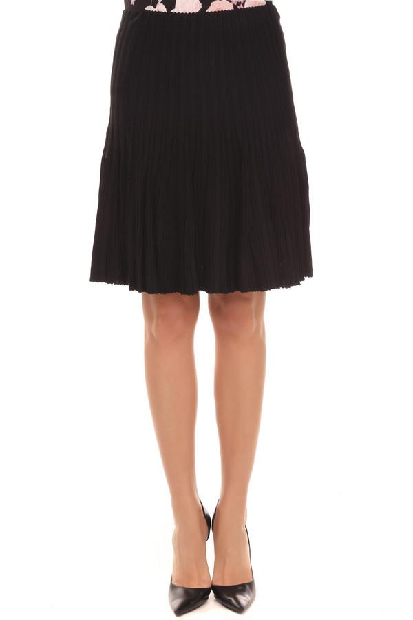 Юбка Just ValeriЮбки<br>Вязанная трикотажная юбка от бренда Just Valeri расклешенного кроя представлена в черном цвете. Изделие дополнено эластичным поясом. Без подкладки.<br><br>Размер RU: 42<br>Пол: Женский<br>Возраст: Взрослый<br>Материал: вискоза 65%, нейлон 35%<br>Цвет: Чёрный