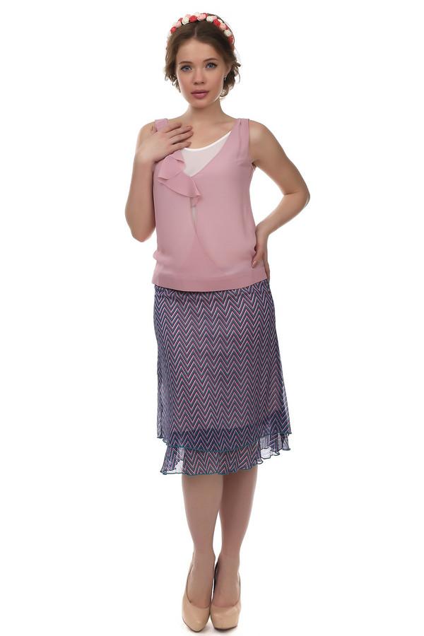 Юбка PezzoЮбки<br>Легкая юбка от бренда Pezzo прямого кроя выполнена из полупрозрачного разноцветного материала с геометрическим принтом. Изделие дополнено: эластичным поясом и эффектом многослойности. Длинна ниже колена. В комплект к юбке можно подобрать  блузу Pezzo .<br><br>Размер RU: 44<br>Пол: Женский<br>Возраст: Взрослый<br>Материал: полиэстер 100%<br>Цвет: Разноцветный