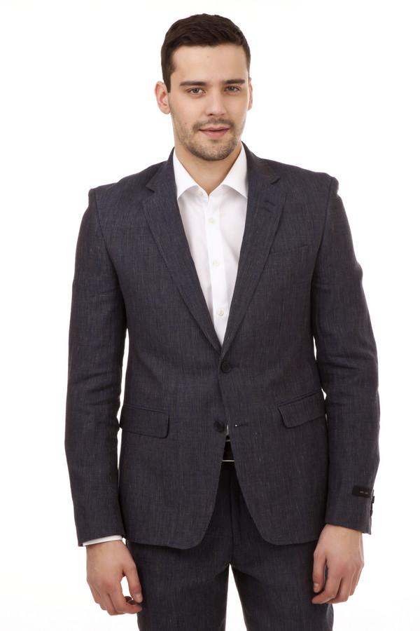 Пиджак Just ValeriПиджаки<br>Льняной пиджак от бренда Just Valeri представлен в темно-синем цвете прямого кроя. Изделие дополнено: отложным v-образным воротником, четырьмя внутренними карманами, двумя внешними карманами, манжетами с пуговицами. Пиджак застегивается на пуговицы. Рукава декорированы заплатками на локтях. Пиджак идеально подходит к  брюкам Just Valeri . Подкладка 100% полиэстер.<br><br>Размер RU: 56<br>Пол: Мужской<br>Возраст: Взрослый<br>Материал: лен 100%<br>Цвет: Синий