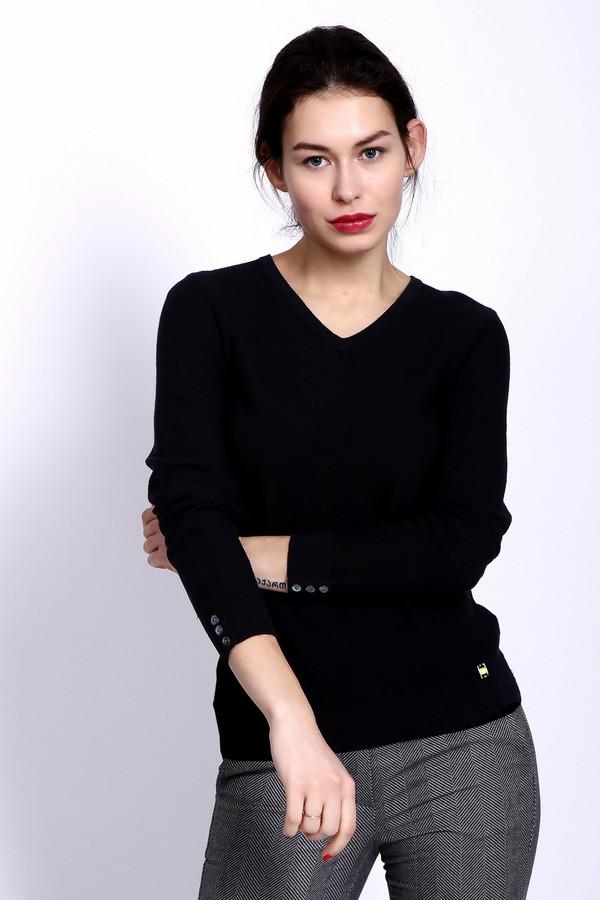 Пуловер PezzoПуловеры<br>Пуловер женский черного цвета фирмы Pezzo. Модель выполнена прямым фасоном. Изделие дополнено округлым воротом с V образным вырезом, длинными, втачными рукавами с манжетами. Манжеты декорированы пуговицами. Окружность ворота и вырез обшиты двойной вязаной резинкой. Ткань состоит из 100% хлопка. Сочетать можно с различными брюками, юбками.