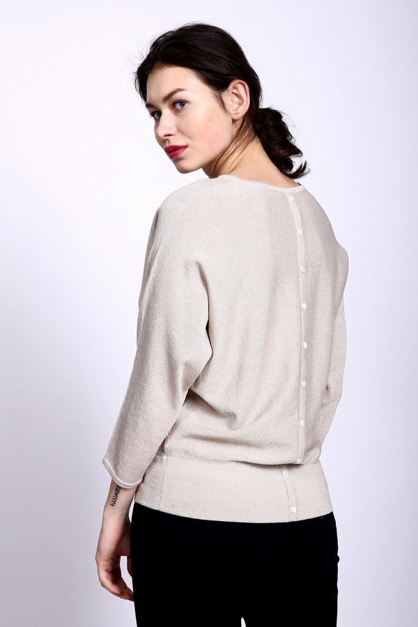Пуловер PezzoПуловеры<br><br><br>Размер RU: 46<br>Пол: Женский<br>Возраст: Взрослый<br>Материал: вискоза 50%, полиэстер 15%, полиамид 27%, металл 8%<br>Цвет: Бежевый