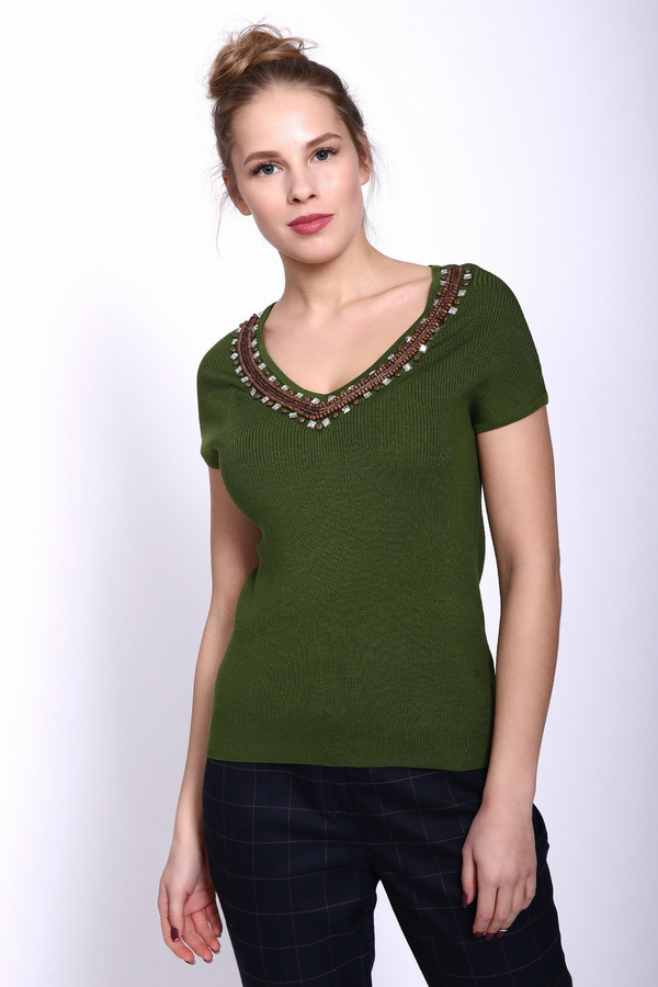 Пуловер PezzoПуловеры<br><br><br>Размер RU: 42<br>Пол: Женский<br>Возраст: Взрослый<br>Материал: акрил 42%, полиамид 16%, вискоза 42%<br>Цвет: Зелёный