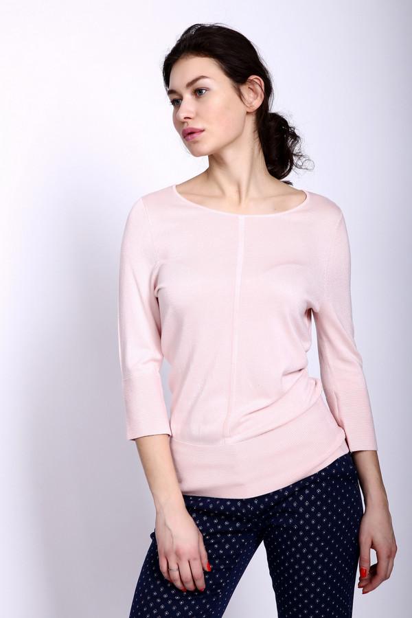 Пуловер PezzoПуловеры<br>Пуловер женский розового цвета фирмы Pezzo. Модель выполнена прямым фасоном. Изделие дополнено округлым воротом, втачными рукавами 3/4 длинны. Низ пуловера и рукава заканчивает широкая манжета в рубчик. Состав ткани: 81% вискозы, 19% полиамид. Сочетать можно с различными деталями вашего гардероба.