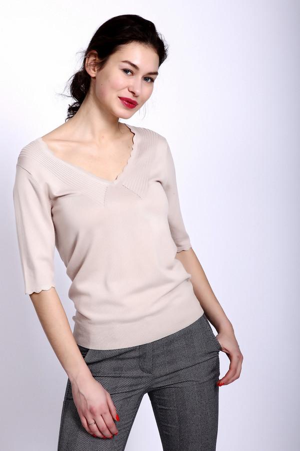 Пуловер PezzoПуловеры<br><br><br>Размер RU: 54<br>Пол: Женский<br>Возраст: Взрослый<br>Материал: полиамид 19%, вискоза 81%<br>Цвет: Бежевый
