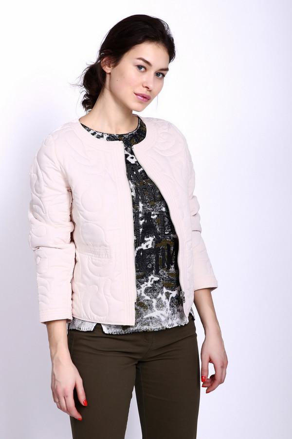 Куртка PezzoКуртки<br>Куртка женская белого цвета фирмы Pezzo. Модель укороченного фасона. Куртка дополнена овальным воротом, застежка на молнию, втачными рукавами 3\4 длинны. Такая модель будет гармонировать с различными облегающими брюками.