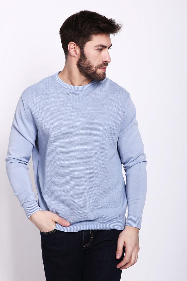Джемпер PezzoДжемперы и Пуловеры<br>Джемпер мужской голубого цвета фирмы Pezzo. Модель выполнена прямым покроем. Изделие дополнено круглым воротом, втачными, длинными рукавами. Ворот, низ и рукава заканчивает стягивающая резинка. Джемпер трикотажный изготовлен простой вязкой. Гармонировать может с различными брюками.