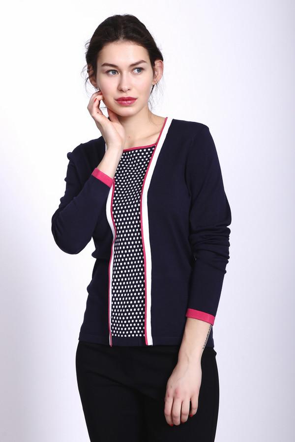 Пуловер PezzoПуловеры<br>Пуловер женский синего цвета фирмы Pezzo. Модель выполнена прямым покроем. Изделие дополнено прямоугольным воротом, втачными, длинными рукавами, впереди сделана вставка, ворот и рукава обшиты бейкой. Гармонировать может с брюками и юбками.