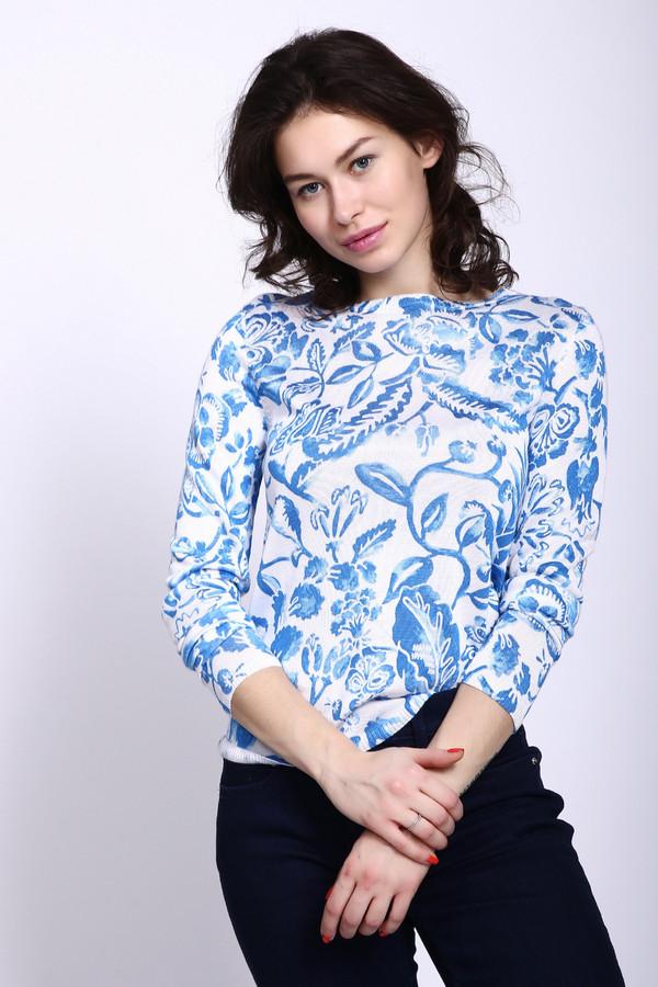 Пуловер PezzoПуловеры<br>Пуловер женский белого цвета фирмы Pezzo. Модель выполнена облегающим фасоном. Изделие изготовлено из тонкого трикотажа. Ткань имеет принт. Пуловер дополнен округлым воротом, длинными рукавами. Гармонировать может с однотонными брюками.