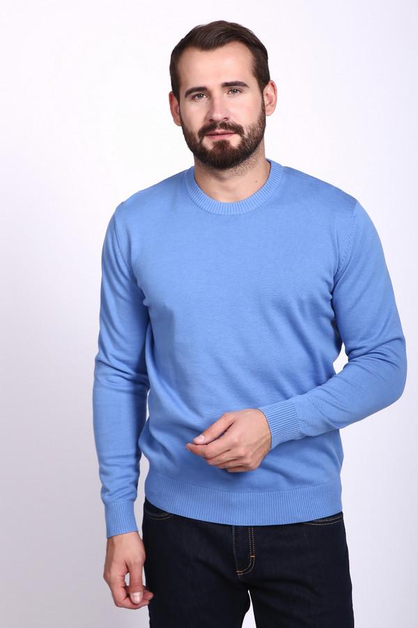 Джемпер PezzoДжемперы и Пуловеры<br>Джемпер мужской голубого цвета фирмы Pezzo. Модель выполнена прямым покроем. Изделие дополнено круглым воротом, длинными, втачными рукавами. Джемпер изготовлен из тонкого трикотажа. Гармонировать может с различными брюками.