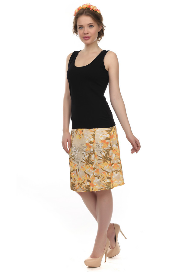 Юбка PezzoЮбки<br>Яркая летняя юбка от бренда Pezzo А-силуэта выполнена из ткани телесного цвета с цветочным принтом в коричнево-желтой гамме. Изделие дополнено боковой скрытой застежкой-молния. Идеально дополнит повседневный образ и с лёгкостью сочетается как с   топами   и   жакетами  .<br><br>Размер RU: 50<br>Пол: Женский<br>Возраст: Взрослый<br>Материал: полиэстер 100%<br>Цвет: Бежевый