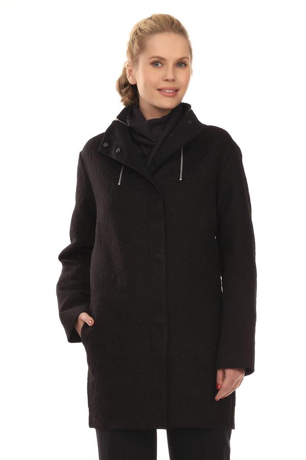 Пальто Just ValeriПальто<br>Черное пальто с объемный узором от бренда Just Valeri прямого кроя выполнен из плотного материала, легкого и приятного на ощупь. Изделие дополнено: капюшоном, двумя боковыми карманами, длинными рукавами и ветрозащитной планкой на клепках. Ворот декорирован вертикальными металлическими молниями. Пальто выглядит очень элегантно и подходит как для делового стиля, так и для вечернего выхода.<br><br>Размер RU: 44<br>Пол: Женский<br>Возраст: Взрослый<br>Материал: полиэстер 100%<br>Цвет: Чёрный